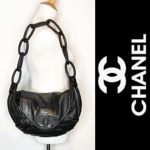 CHANEL CC Rings Flap Lambskin Pleated Shoulder Bag